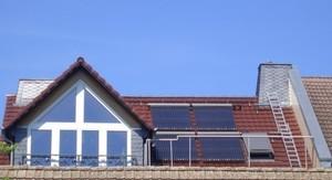 Röhrenkollektor-Solaranlage